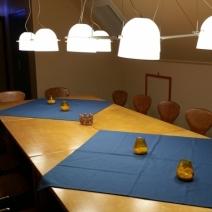 NLdoet 2017 Vergaderruimte boven nieuwe tafels