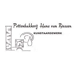 Ceramist Hans van Riessen (in memoriam)