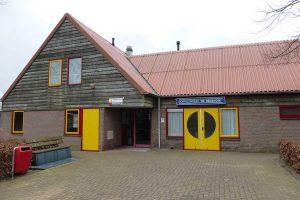 Oranje Fonds ondersteunt met € 10.000 aanleg zonnepanelen op multifunctioneel dorpscentrum Vledderveen